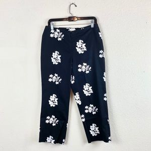 Cache | Black &White Floral Capri Pants